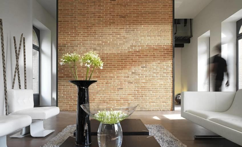 Interior brick veneer panels for modern minimalist wall living room house design with white interior and furniture color decor plus white leather sofa and chair with flower vase ideas brick