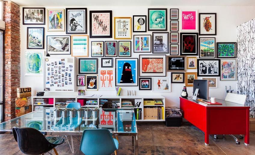 15 стильных стен с фотографиями