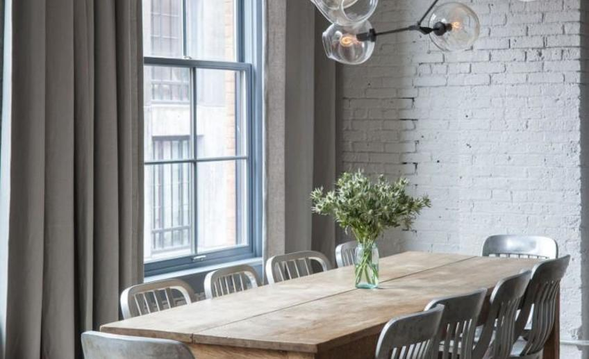 Dumbo loft robertson pasanella dining table lindsey adelman light remodelista