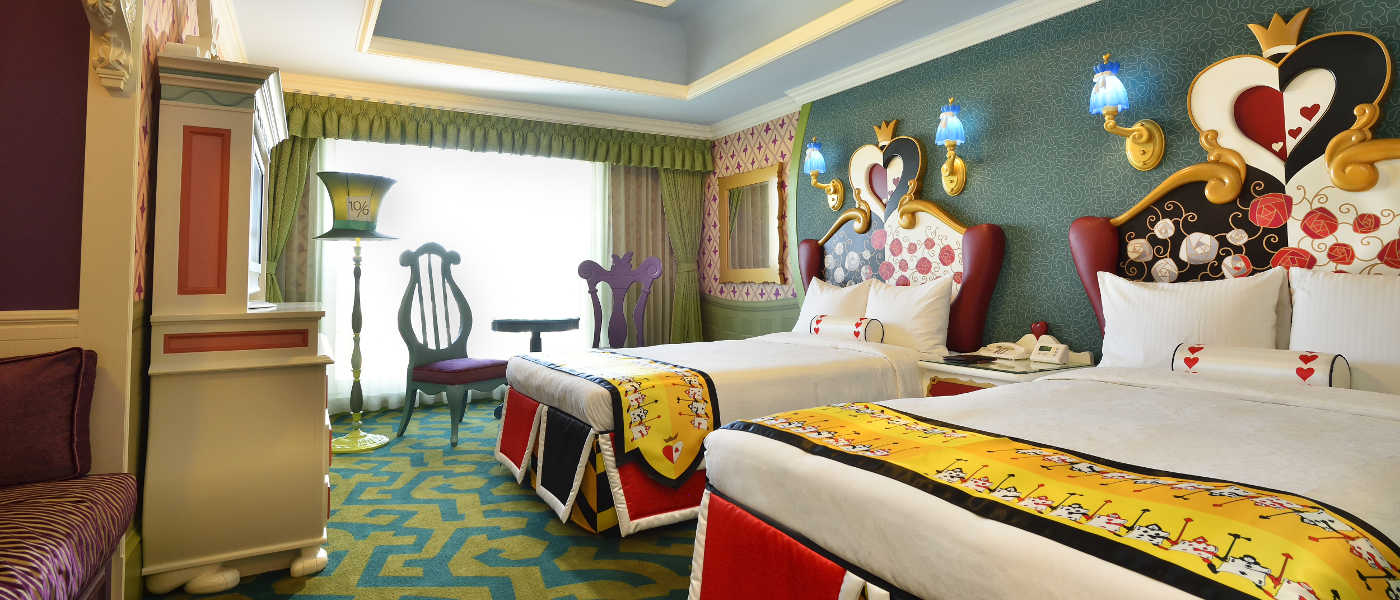 Disneyfs alice in wonderland room hero