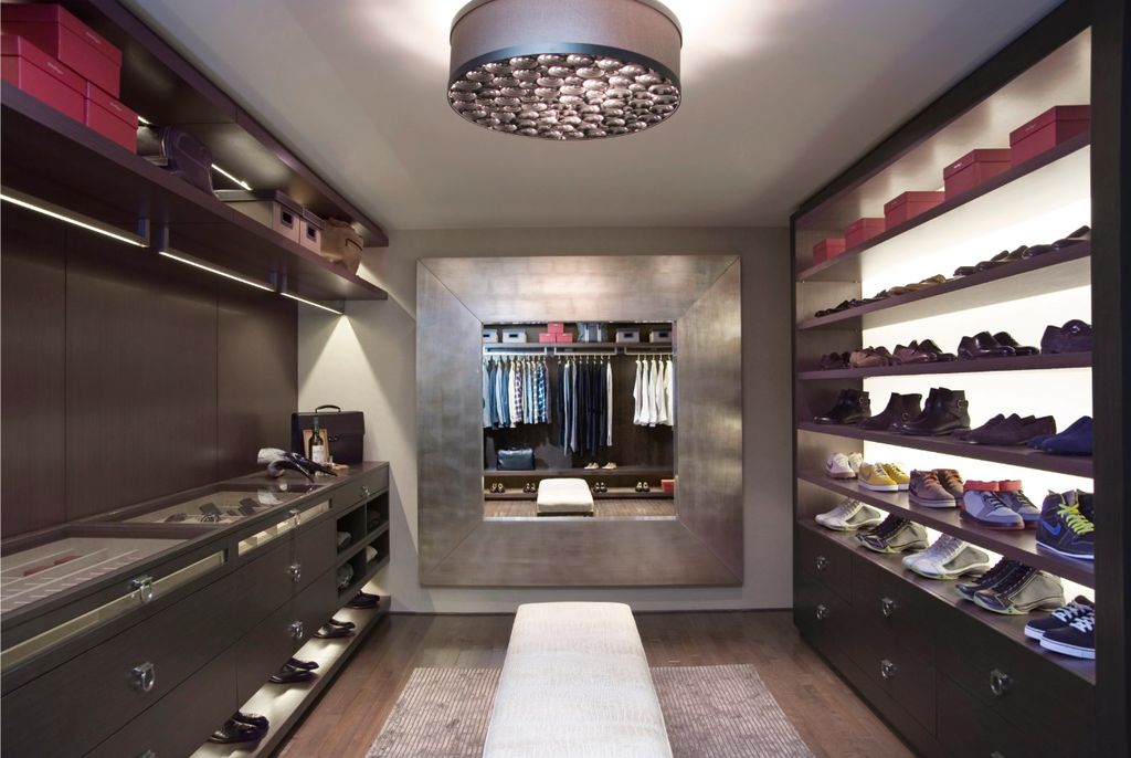 Contemporary closet with built in bookshelf i g isptjsie6ufjnm0000000000 ok2hq
