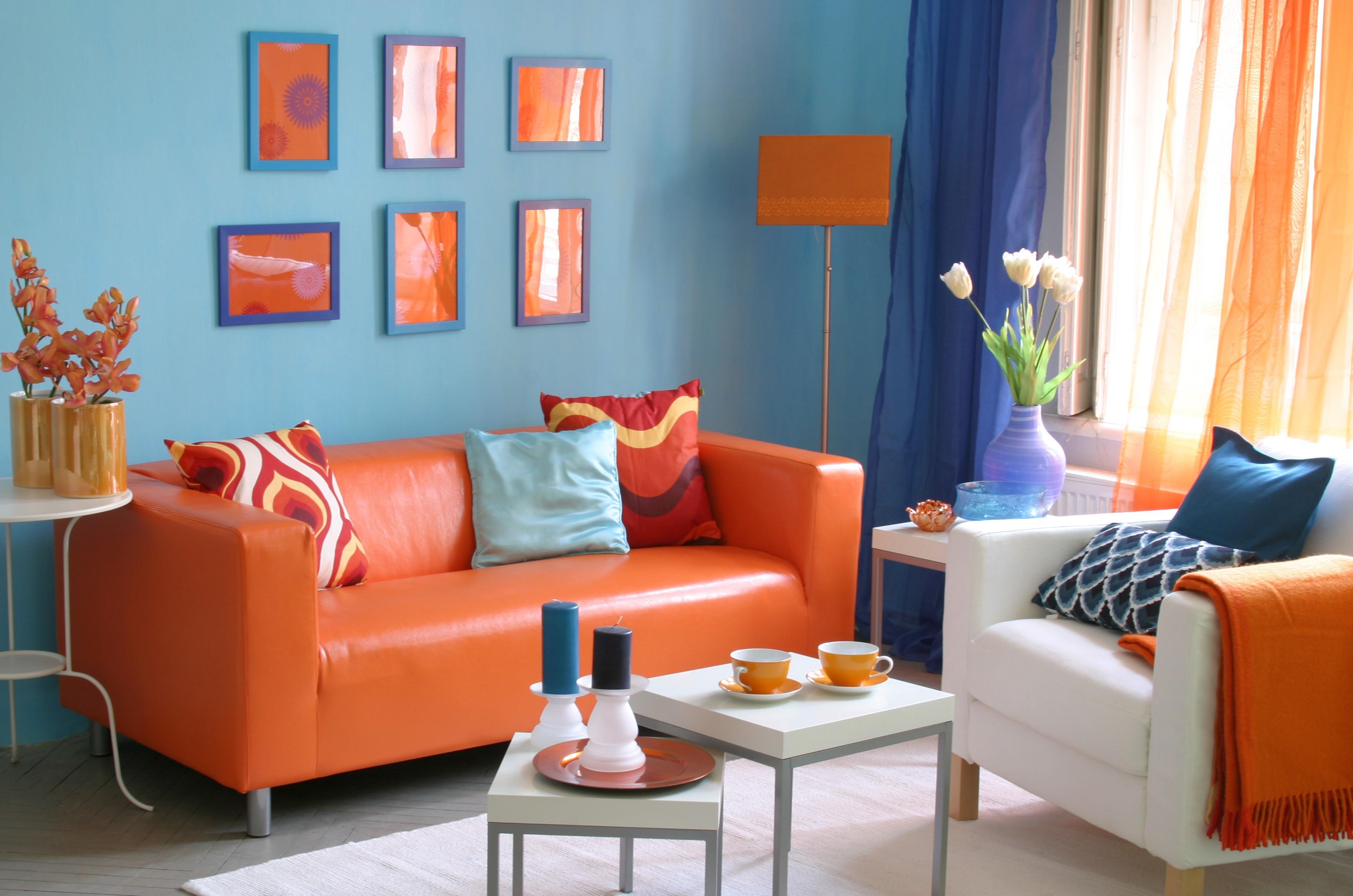 Оранжевый цвет сочетание с другими цветами в интерьере
