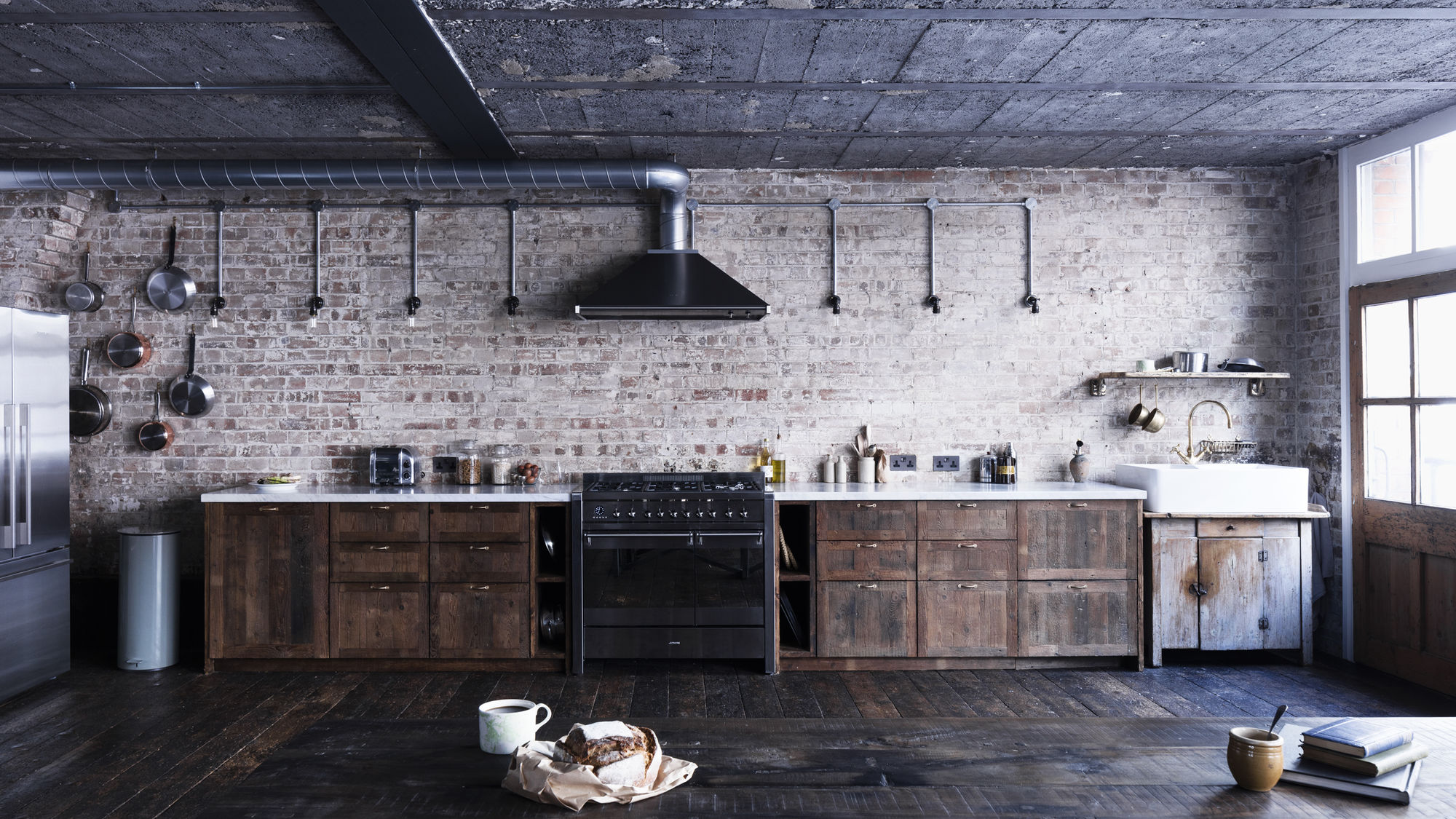 Mark lewis interior design hoxton square loft kitchen brick reclaimed wood rory gardener photo 2