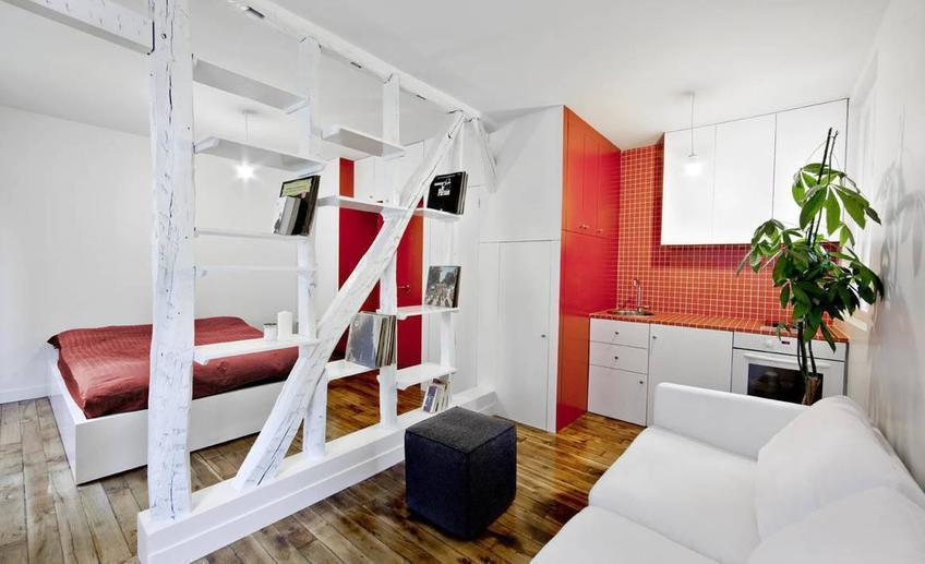 Montmatre red and white apartment 2