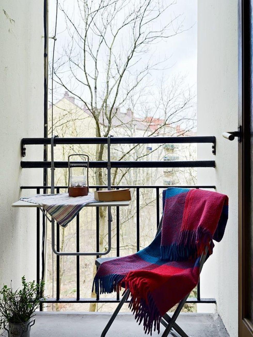 Столик на балкон: как выбрать и изготовить удобное изделие д.