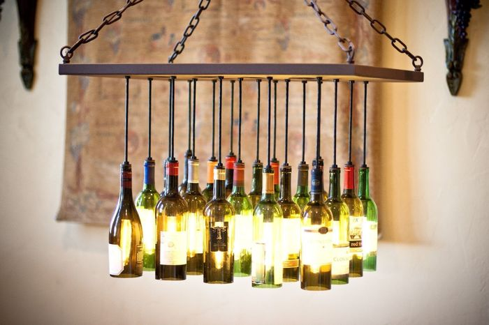Из винных бутылок