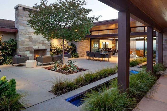 дом с внутренним двором фото любая фотография