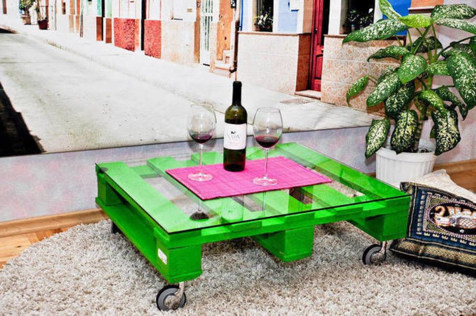 кофейный столик из палетт