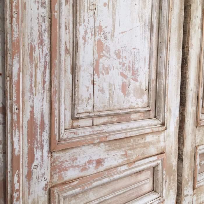 Как состарить двери своими руками