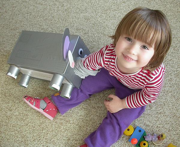 Предметы и игрушки ребенку своими руками