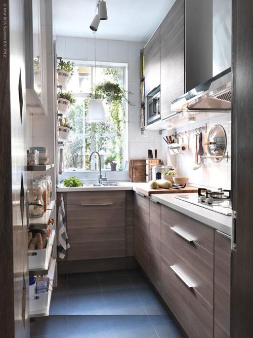 маленькая кухня без штор